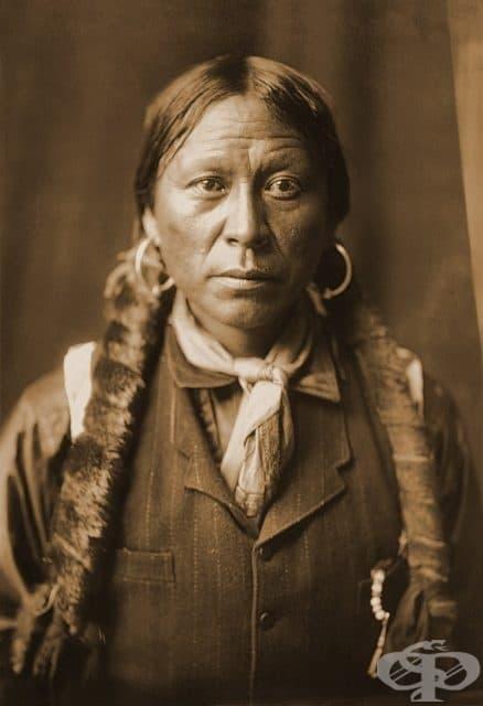 Апачи, сниман от Едуард Къртис, 1904 г.