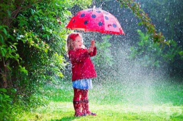 Дъждовните капки абсорбират прахта и микробите, почиствайки въздуха.