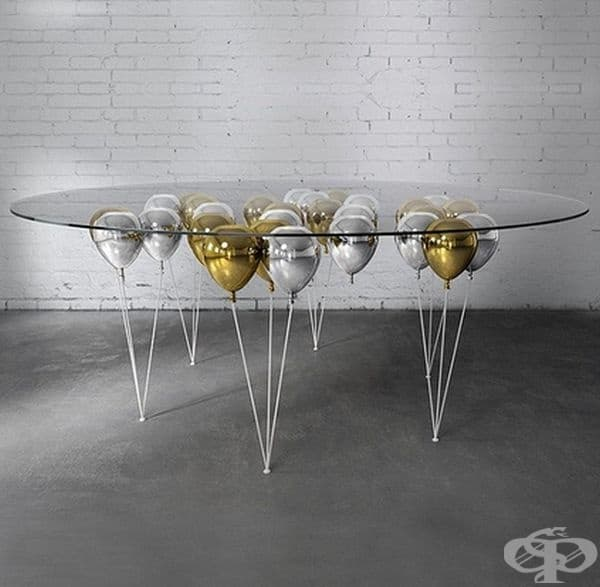 Интересна маса.