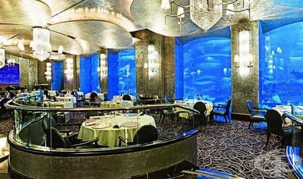 """Ресторант """"Ossiano"""", Дубай. Този ресторант е известен със своите невероятни ястия от морски дарове."""