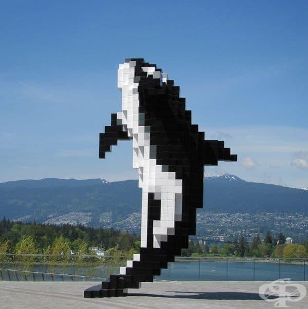 """""""Дигиталната орка"""" (Канада): Дъглас Купланд е представител на поп арт движението в скулптурата. Той вярва, че простите и ярки изображения винаги привличат вниманието."""