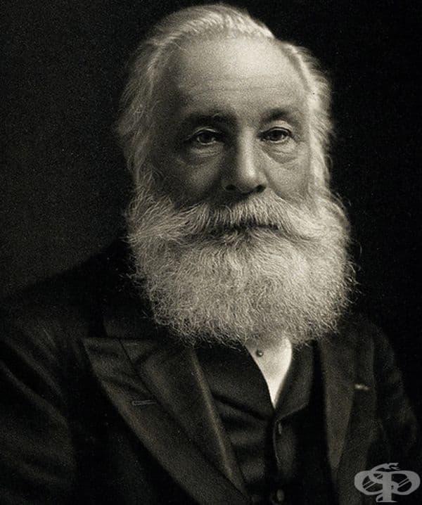 Формулата за създаване на лилаво е въведена от химика Уилям Хенри Перкин през 1838 година. Но много държави вече са имали собствени знамена и не са предприели мерки в преработването на своите стандарти.
