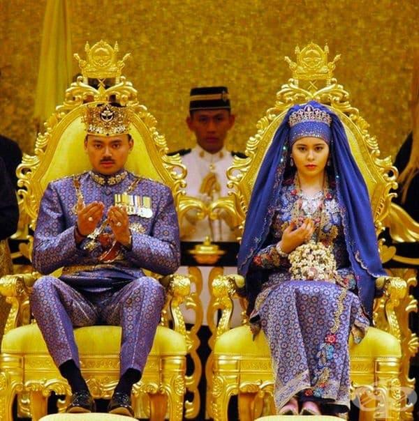 Сара (Даянгку Сара бинти Пенгиран Салех), принцеса на Бруней, 2004 г.