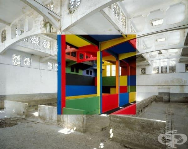 Творба на френския художник Джордж Русе. Той създава своите цветни интригуващи образи в изоставени сгради, които ще бъдат разрушени.
