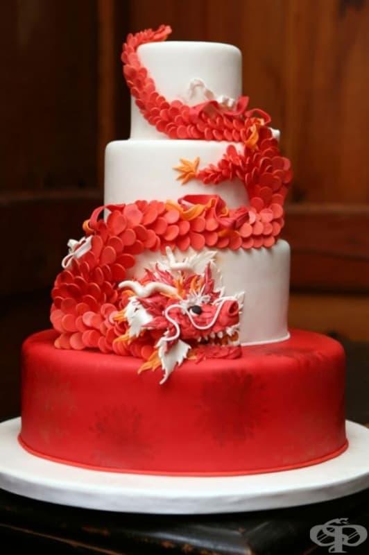 """Торта """"Червен дракон""""."""