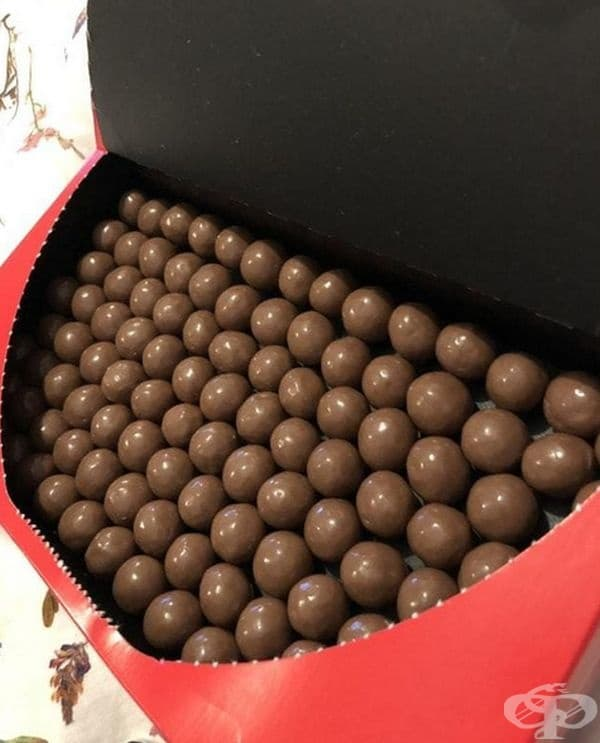 Перфектно подредени бонбони.