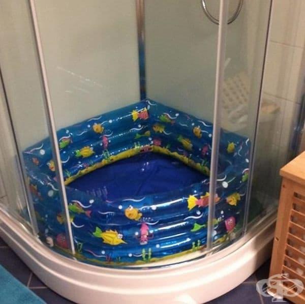 Когато нямате вана, детският басейн върши чудесна работа.