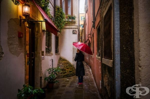 Моята приятелка под дъжда. Магична атмосфера.