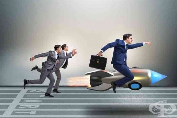 Съревновават се с вас. Завистливите хора обичат да се конкурират. Те се стремят към постигане на превъзходство във всичко и постоянно се борят за лидерство. Преследването на успеха е тяхното обичайно състояние.