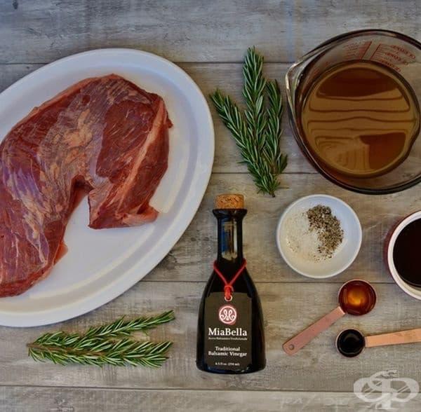Балсамико е не само чудесен дресинг за салати, но и идеална марина за месо. Отделно ягоди, поръсени с пудра захар, са отлично съчетание с оцет балсамико. Опитайте!
