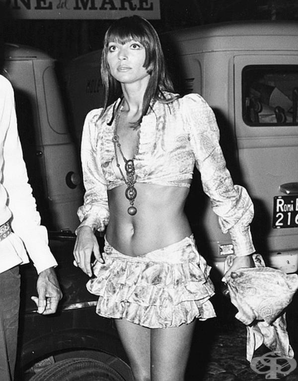 Актрисата Елза Мартинели е готова за модно ревю.
