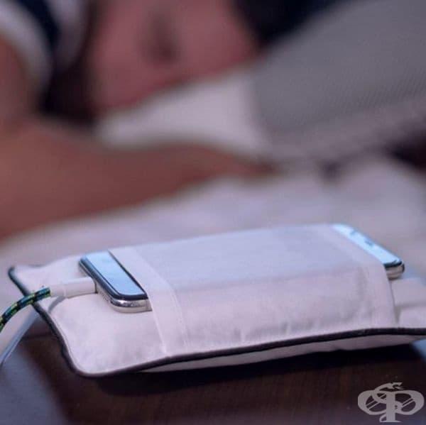 PillowOne S. Възглавница за вашия телефон.