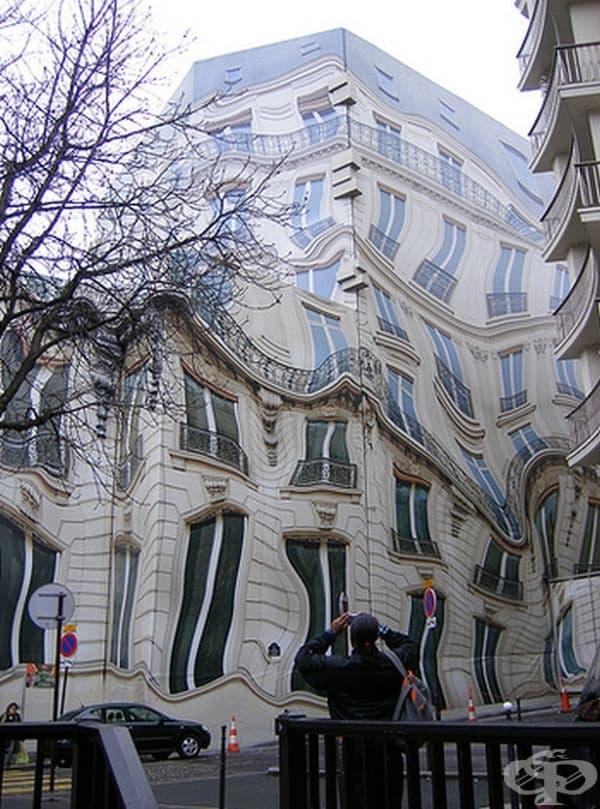 Сграда в Париж.