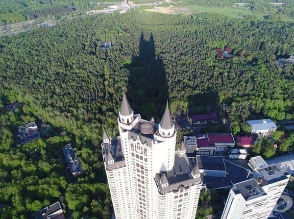 Ето къде живеел Батман - в Москва!