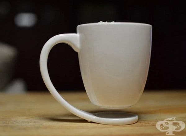 Чаша с ефект на левитация.