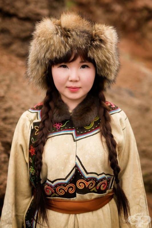 Момиче от Орокен.
