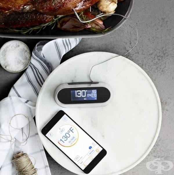 Ултразвуков термометър за определяне на температурата на продукта и времето за приготвяне. Данните се предават на смартфон чрез Wi-Fi мрежа.