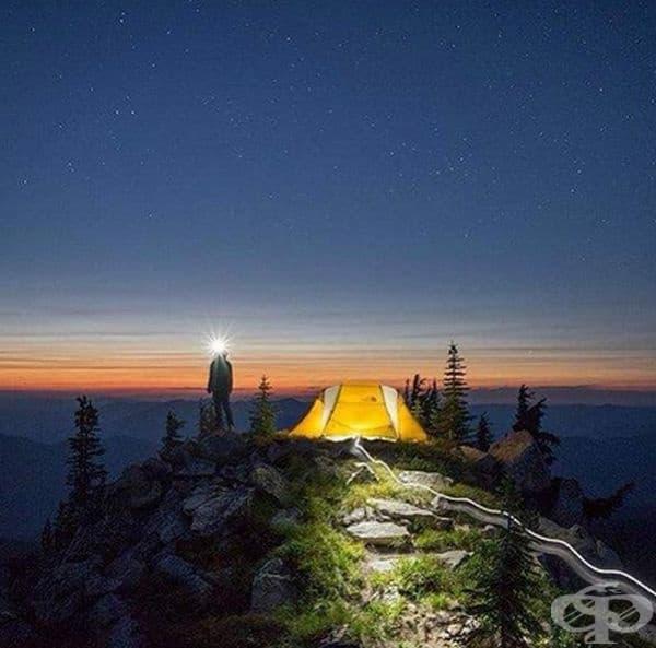 25 туристически снимки с палатки на неудобни места единствено заради кадъра