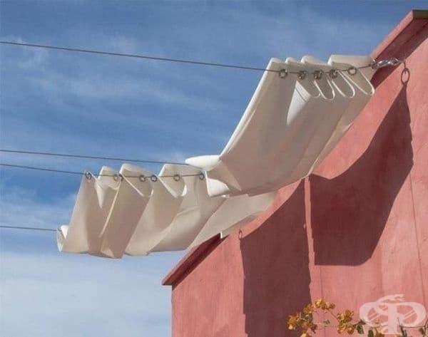 Сенчеста завеса - препоръчително е да използвате брезент или водоустойчив текстилен материал.