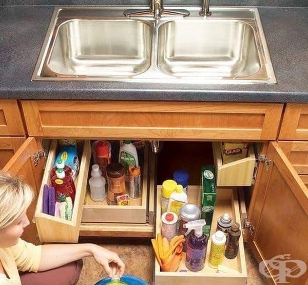 Възползвайте се максимално от пространството на шкафа с подвижни рафтове.