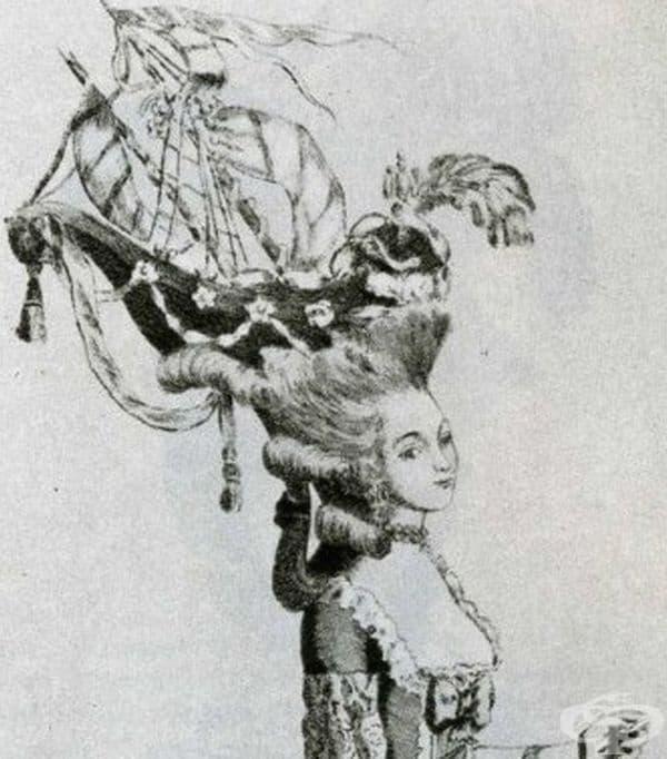 """Кораби в косата. Прическите от 18-ти век са свързани с грандиозност и помпозност, пълнени птици, фигурки и малки дървета. Прическата """"a-la belle poule"""" е била изключително популярна и отбеляза победата на френски кораб над английски кораб през 1778 г."""