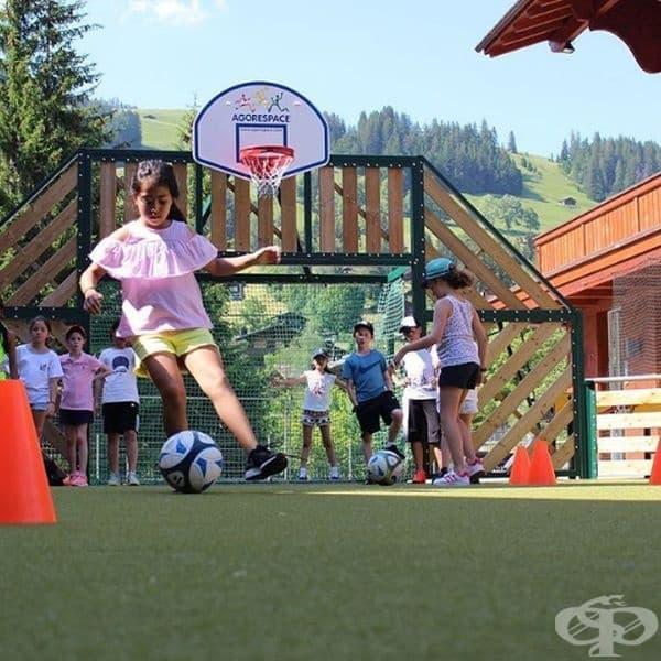 От 16:00 до 19:00 часа всички ученици могат да практикуват спорт или да се занимават с творческа дейност.