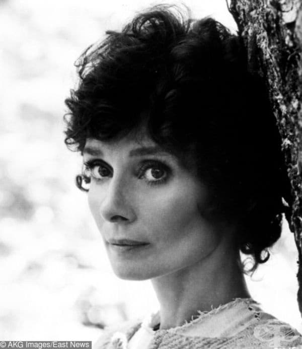 """Одри Хепбърн, на 46-годишна възраст и все още красива, във филма """"Робин и Мариан"""" (1975)."""