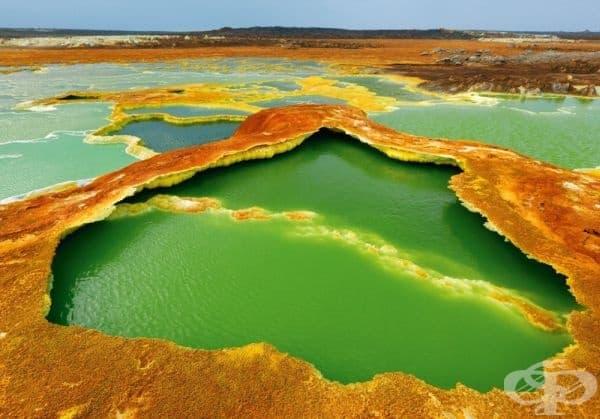 """Вулканът """"Далол"""" - на границата между Етиопия и Еритрея."""