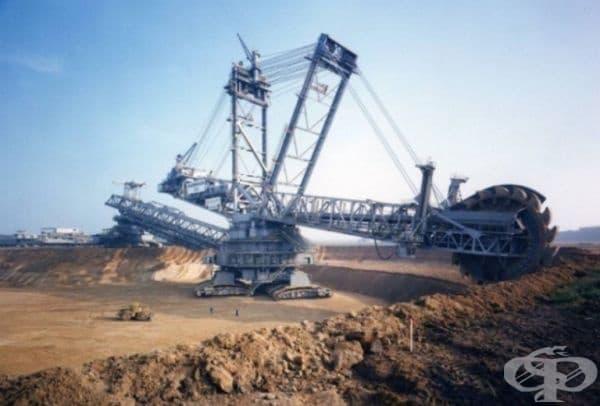 Багер 288 е най-големият механизъм в света, който може да се движи самостоятелно.