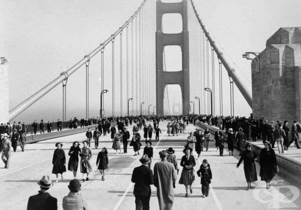 """Откриването на известния мост """"Златната врата"""" в Сан Франциско."""