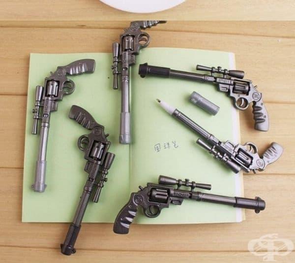В Дивия Запад също се нуждаят от писалки.