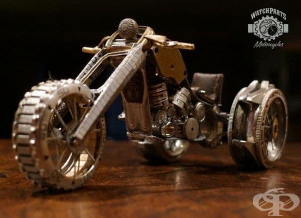 Мъж създава невероятни скулптури от счупени части на часовници