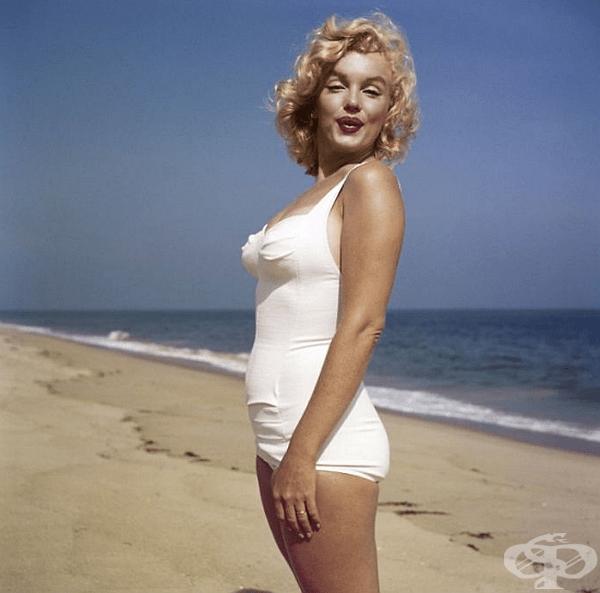 """Негова е и една от най-известните снимки на всички времена: красивата Мерилин Монро с повдигната от вятъра бяла рокля от филма  """"Проклетите седем години""""."""