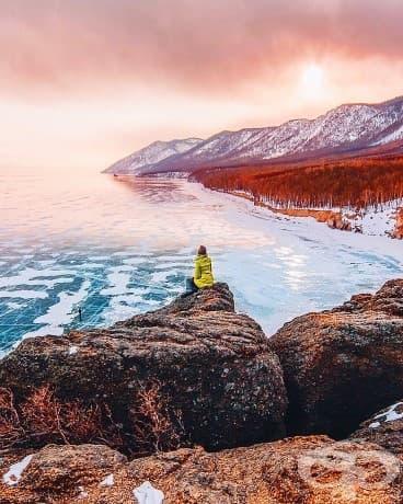 Дълбочината на леда в 600-километровото на дължина езеро е около 2 метра!