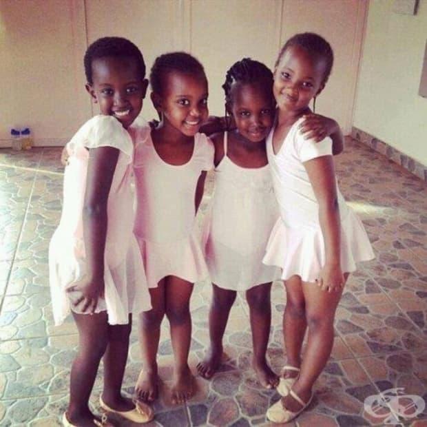 Ученици в училище по класически балет в Руанда – първото след геноцида.
