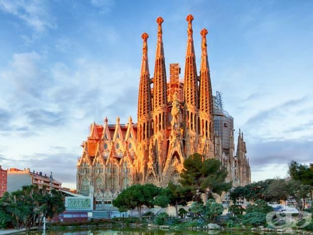 Сеграда Фамилия, Испания