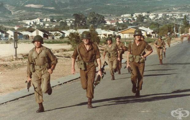 """Командата """"2,4"""" означава нещо в историята на армията в Южна Африка"""