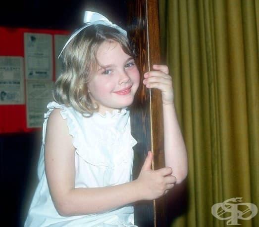32/5000                      7-годишната Дрю Баримор, 1982.