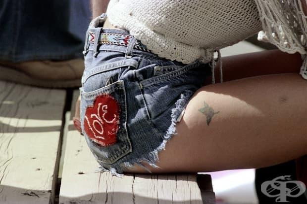 Сините джинсови шорти - върхът на модата през 70те години