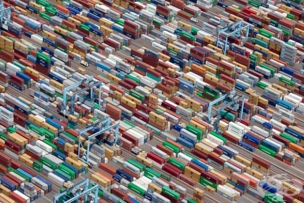 Цветни контейнери за транспортиране