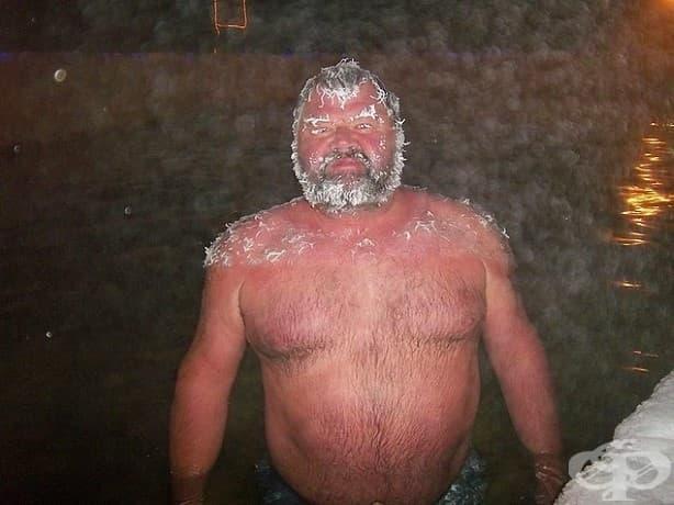 Конкурсът по замръзнали коси в горещите извори Такхини ще ви разсмее искрено!