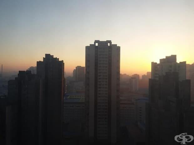 Градът привечер