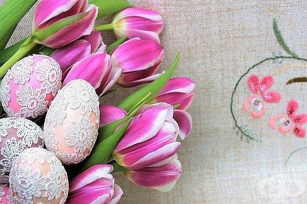 Ако плетете и бродирате, може да използвате умението си за декорация на яйцата.