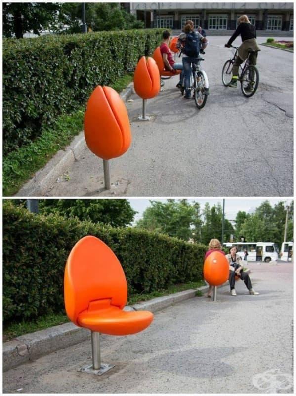 Сгъваеми столове в парка