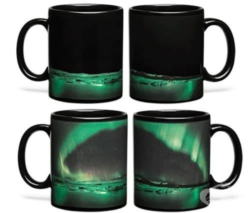 Чаши, на които след затопляне се появява северното сияние
