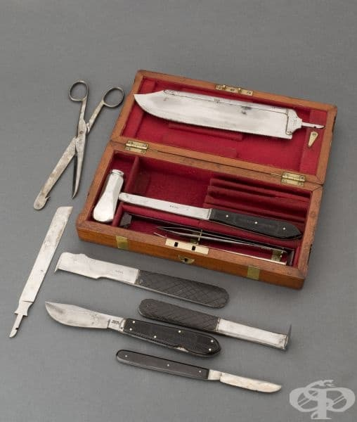 Комплект за извършване на аутопсии от 1801 година