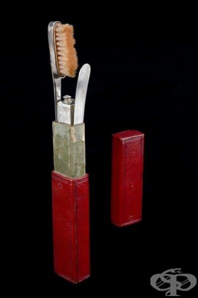 Комплект за орална хигиена от 17-ти век