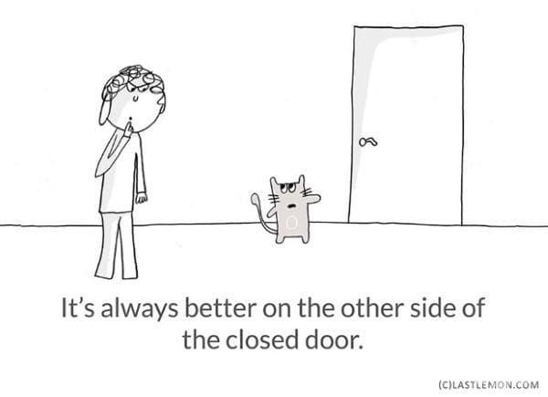 Винаги е по-добре от другата страна на вратата на гардероба.