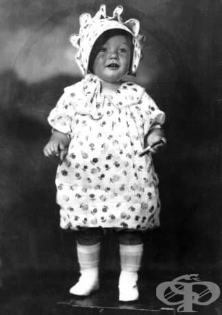 2-годишната Мерилин Монро (Норма Джийн Мортенсън), 1928.