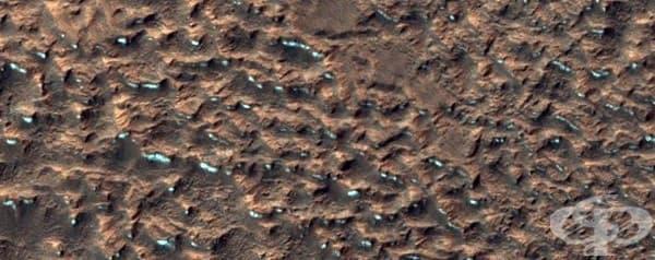 Теренът близо до марсианския екватор